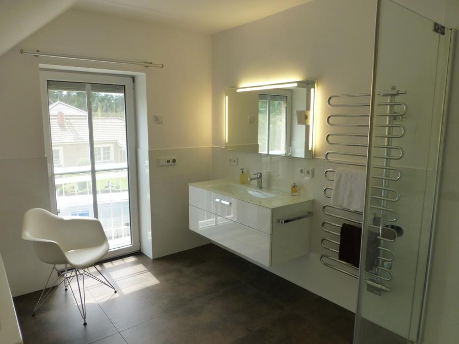 bad heizung frank kappa home. Black Bedroom Furniture Sets. Home Design Ideas